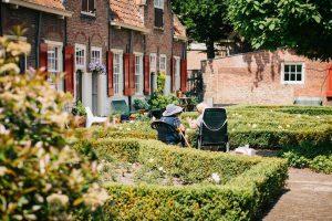 Jak sprawdzić dom opieki społecznej?